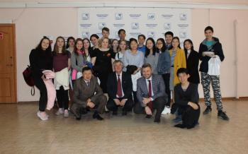 Фестиваль посетили школьники из г. Улан-Удэ
